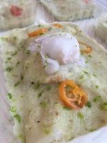 Peixe ao molho de coco verde e pimenta de cheiro